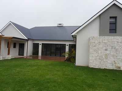 4 Bedroom House For Sale In Kingswood Golf Estate - gallery_image1.jpg